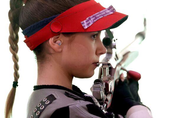 Sanja Vukasinovic of Serbia during the women's 50m Rifle 3 Positions. - Sputnik International
