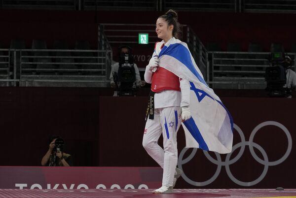 Israel's Avishag Semberg after defeating Turkey's Rukiye Yıldırım to win a bronze medal in the women's 49kg taekwondo category.  - Sputnik International