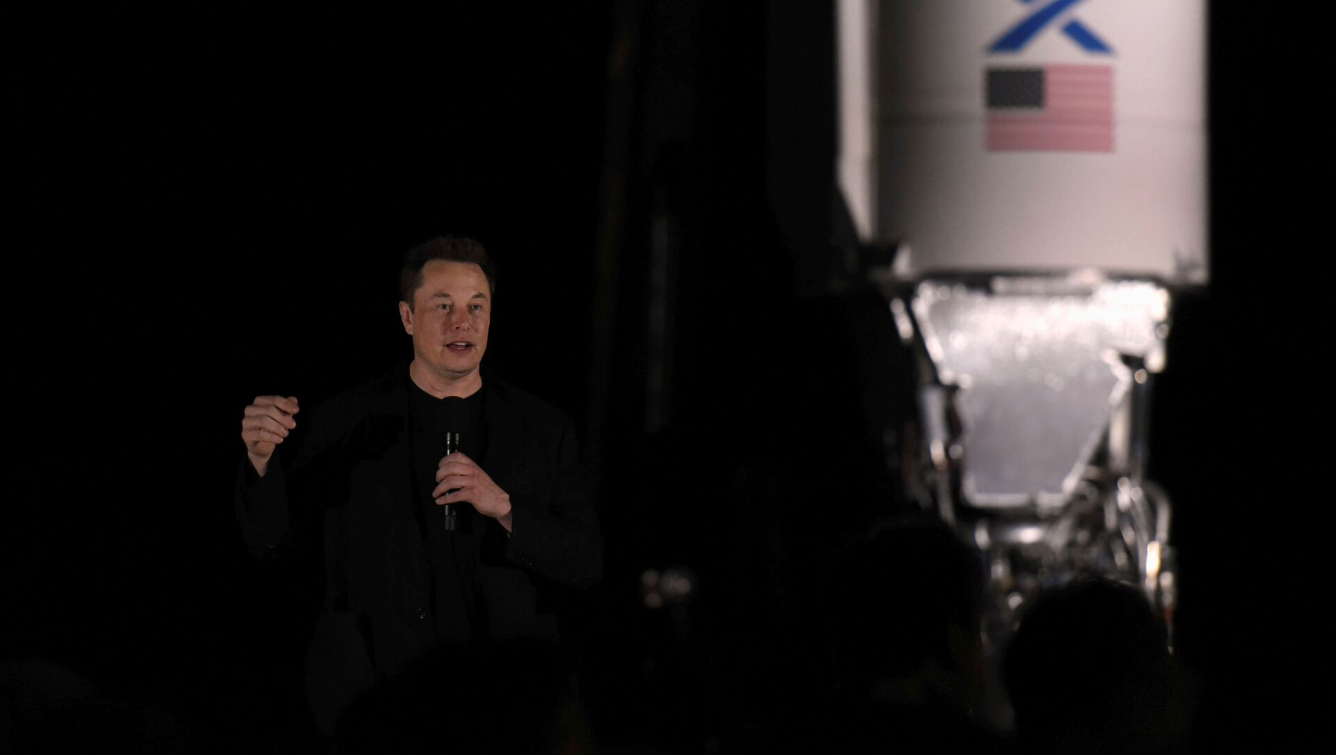FILE PHOTO: SpaceX's Elon Musk gives an update on the company's Mars rocket Starship in Boca Chica, Texas U.S. September 28, 2019. REUTERS/Callaghan O'Hare/File Photo - Sputnik International, 1920, 04.08.2021