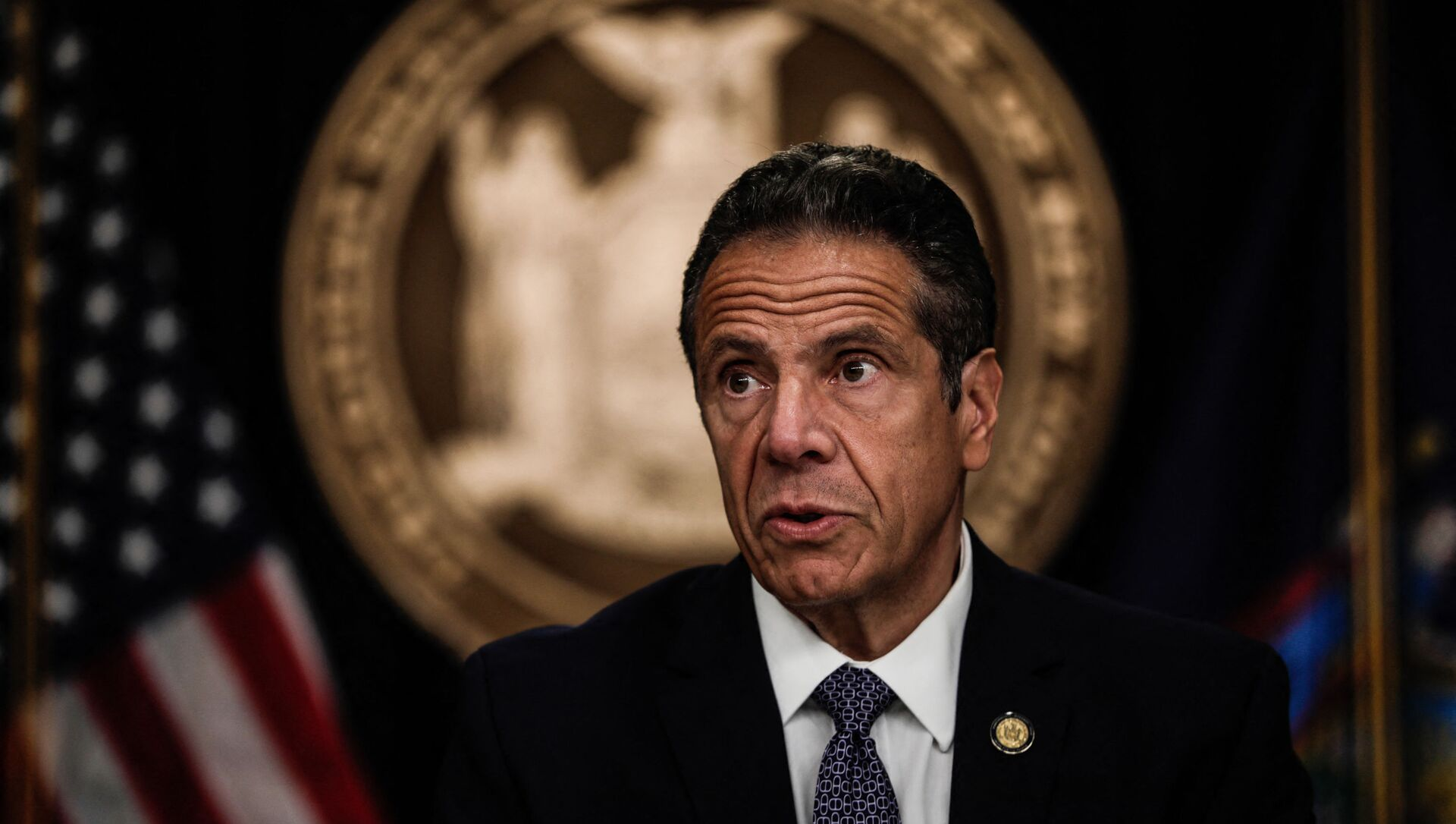 NEW YORK, NY - JULY 01: New York Gov. Andrew Cuomo speaks at a news conference on July 1, 2020 in New York City. The governor expressed alarm at Director of the National Institute for Allergy and Infectious Diseases Dr. Anthony Fauci's recent prediction that there could be 100,000 new Covid-19 cases per day and provided a number of updates related to an increase of states where out-of-state visitors will be required to quarantine for 14 days.  - Sputnik International, 1920, 06.08.2021