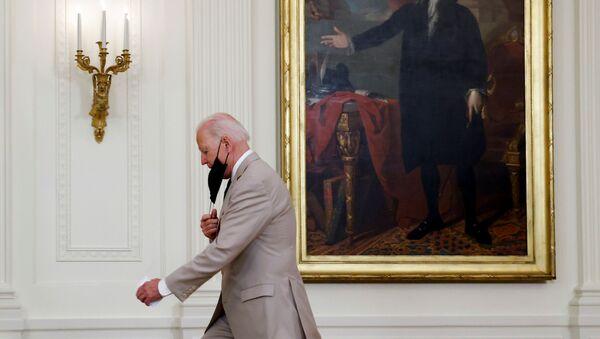 U.S. President Joe Biden arrives to deliver remarks on employment numbers at the White House in Washington, U.S. August 6, 2021.  REUTERS/Jonathan Ernst - Sputnik International