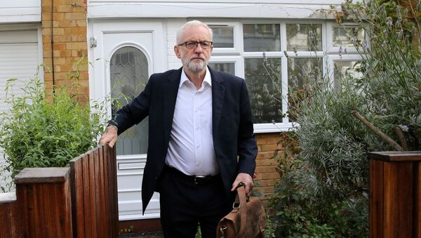 Britain's opposition Labour party leader Jeremy Corbyn leaves his home in north London on September 3, 2019 - Sputnik International