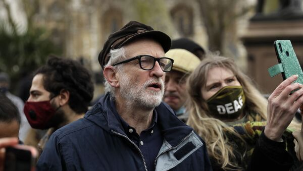 Former Labour party leader Jeremy Corbyn joins demonstrators at Parliament Square during a 'Kill the Bill' protest in London, Saturday, April 3, 2021 - Sputnik International