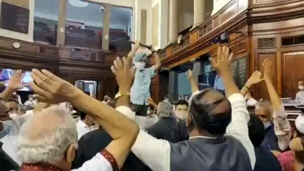 Congress MP Pratap Singh Bajwa ji threw files at the Chair in Rajya Sabha today and the entire opposition celebrated creating ruckus in the Parliament - Sputnik International