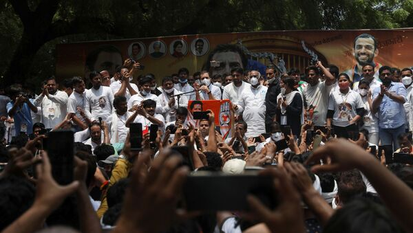 India's main opposition Congress party leader Rahul Gandhi attends a protest against what they say inflation, farm laws, unemployment and Pegasus snooping, in New Delhi, India, August 5, 2021 - Sputnik International