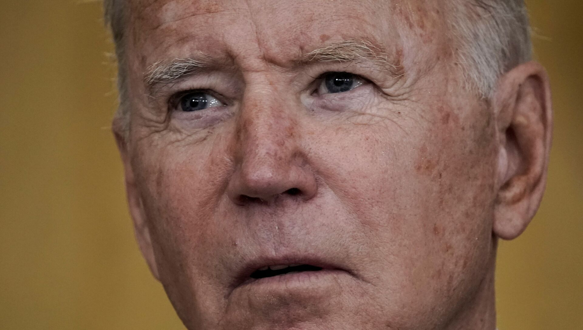 U.S.  President Joe Biden delivers remarks on evacuation efforts and the ongoing situation in Afghanistan during a speech in the East Room at the White House in Washington, U.S., August 20, 2021. - Sputnik International, 1920, 01.09.2021