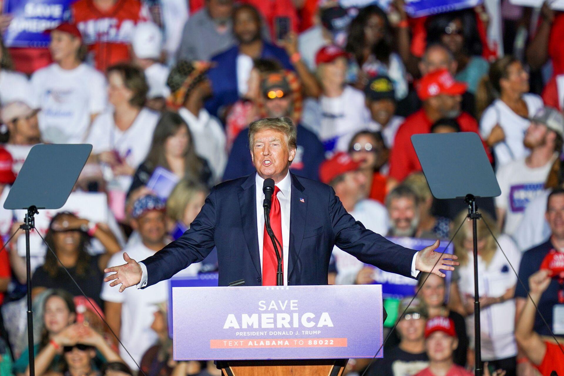 Former U.S. President Donald Trump speaks during a rally in Cullman, Alabama, U.S., August 21, 2021.  - Sputnik International, 1920, 07.09.2021