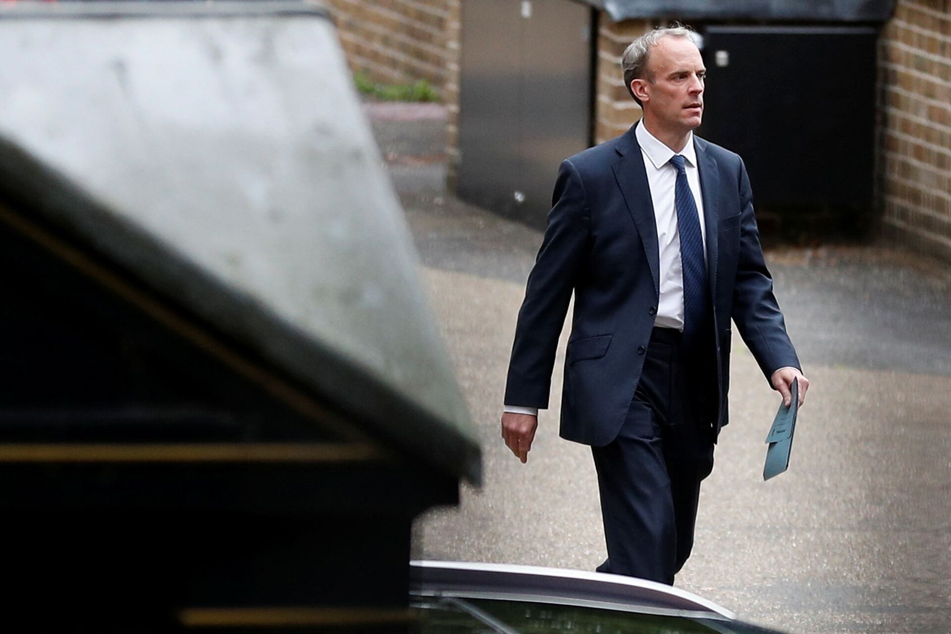 Britain's Foreign Secretary Dominic Raab walks outside the Foreign, Commonwealth and Development Office in London, Britain, August 20, 2021 - Sputnik International, 1920, 07.09.2021