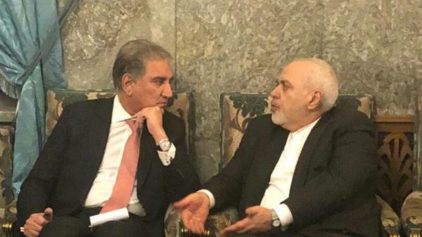 Iranian Foreign Minister Mohammad Javad Zarif has held talks with his Pakistani counterpart Shah Mehmood Qureshi in Tehran. January 13, 2020. - Sputnik International