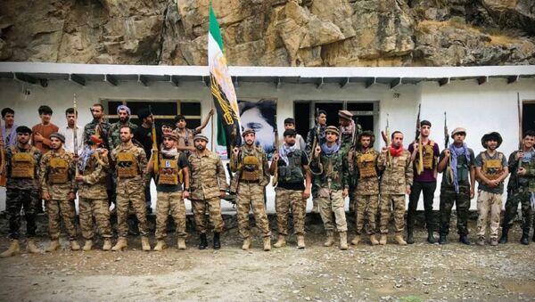 Men prepare for defense against the Taliban in Panjshir, Afghanistan August 22, 2021 - Sputnik International