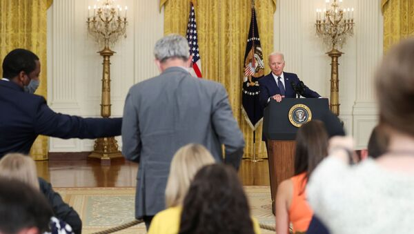 U.S. President Joe Biden answers questions from the media as he delivers remarks about Afghanistan, from the East Room of the White House in Washington, U.S. August 26, 2021 - Sputnik International