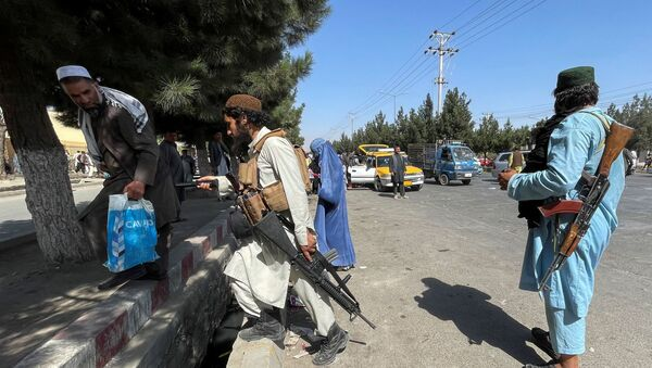 Taliban forces block the roads around the airport in Kabul, Afghanistan August 27, 2021.  - Sputnik International