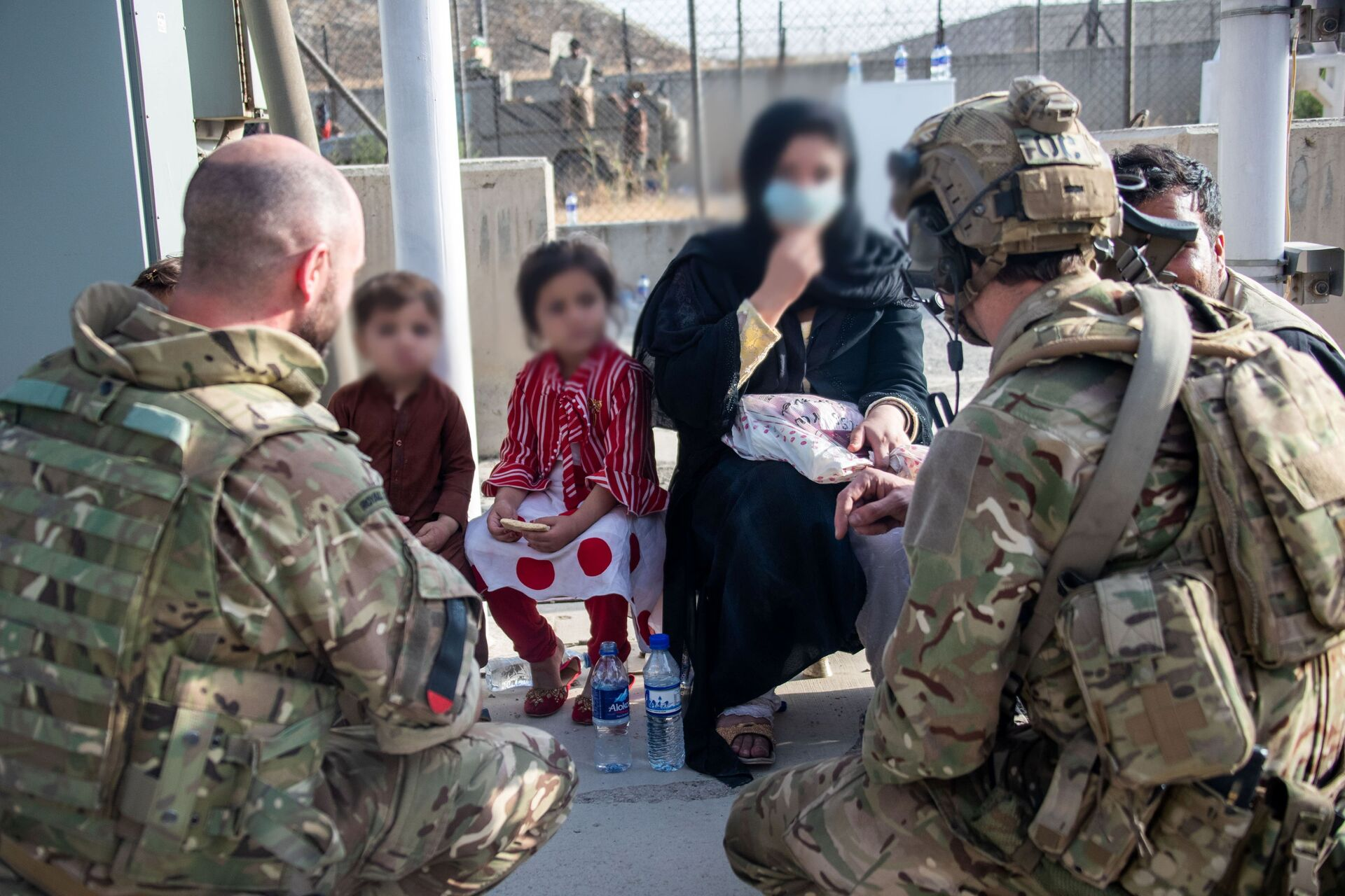 Members of the UK Armed Forces who continue to take part in the evacuation of entitled personnel from Kabul airport, in Kabul, Afghanistan August 19-22, 2021 - Sputnik International, 1920, 07.09.2021