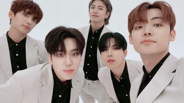 K-Pop Boy Band A.C.E Shares Boyish Atmosphere in Photo Teasers Ahead of Comeback - Sputnik International