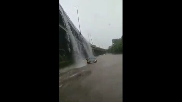 It's Delhi, not Niagara Falls - Sputnik International