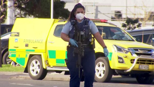 A woman police officer outside the LynnMall in Auckland - Sputnik International