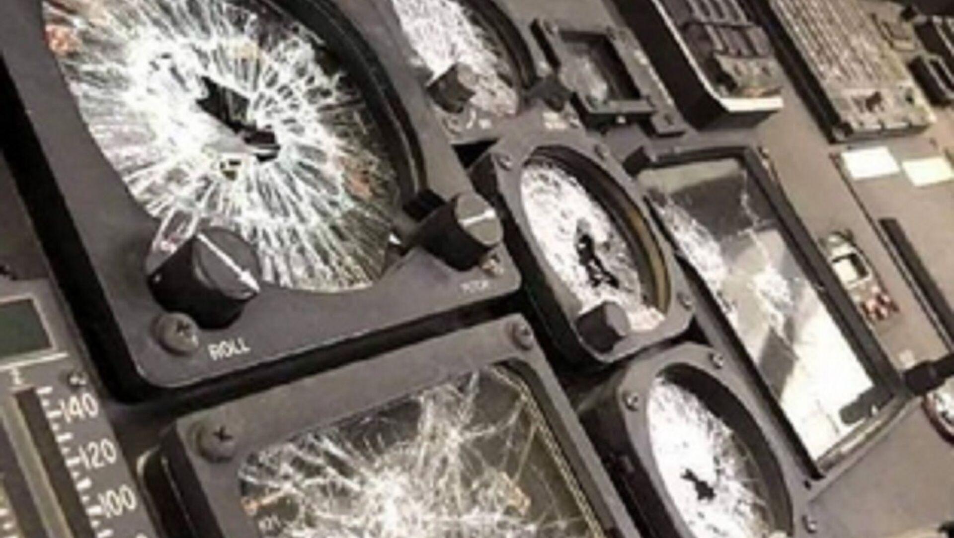 Damaged equipment left by US troops in Kabul Airport. - Sputnik International, 1920, 03.09.2021
