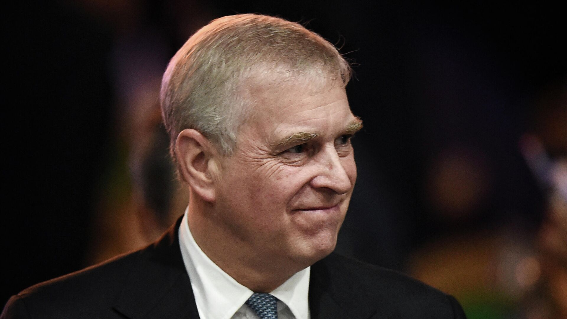 Britain's Prince Andrew, Duke of York leaves after speaking at the ASEAN Business and Investment Summit in Bangkok on November 3, 2019 - Sputnik International, 1920, 27.09.2021