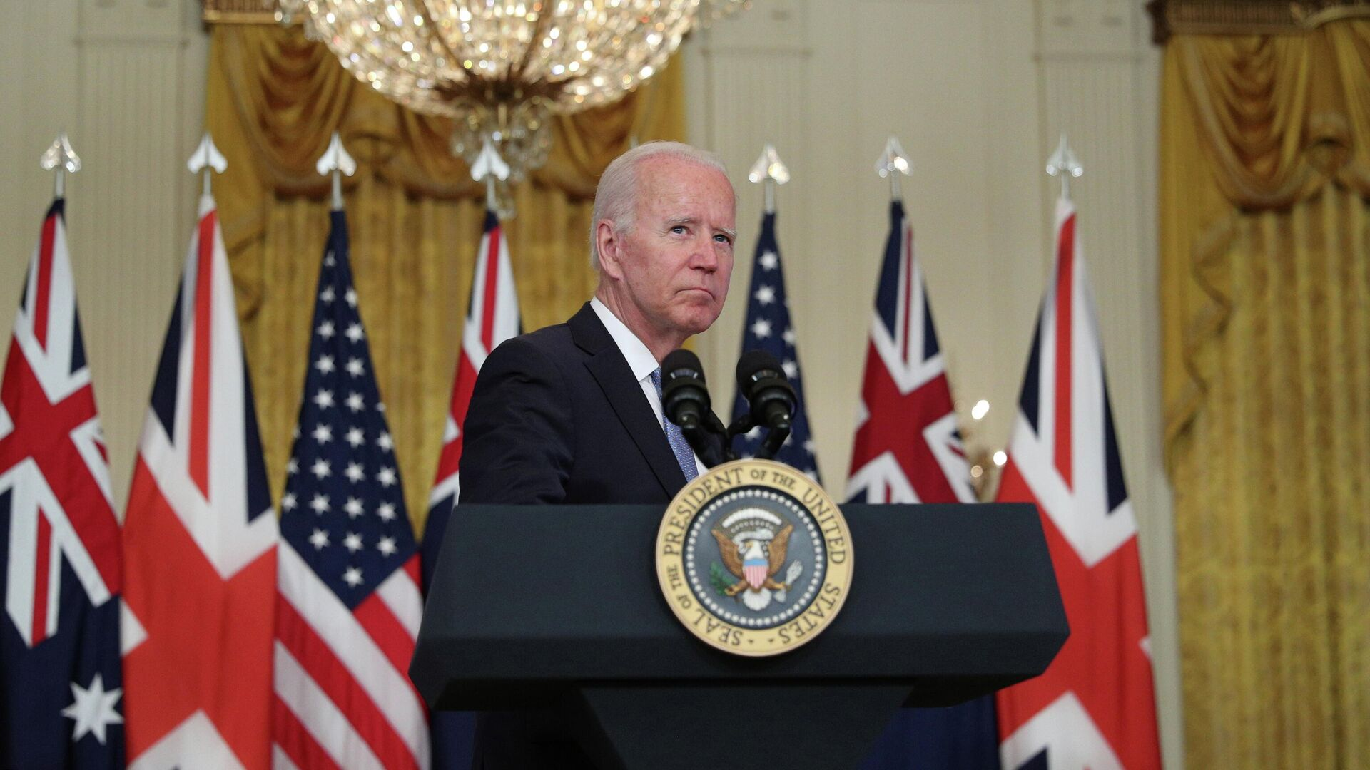 U.S. President Joe Biden delivers remarks on a National Security Initiative virtually with Australian Prime Minister Scott Morrison and British Prime Minister Boris Johnson, both not pictured, inside the East Room at the White House in Washington, U.S., September 15, 2021 - Sputnik International, 1920, 16.09.2021