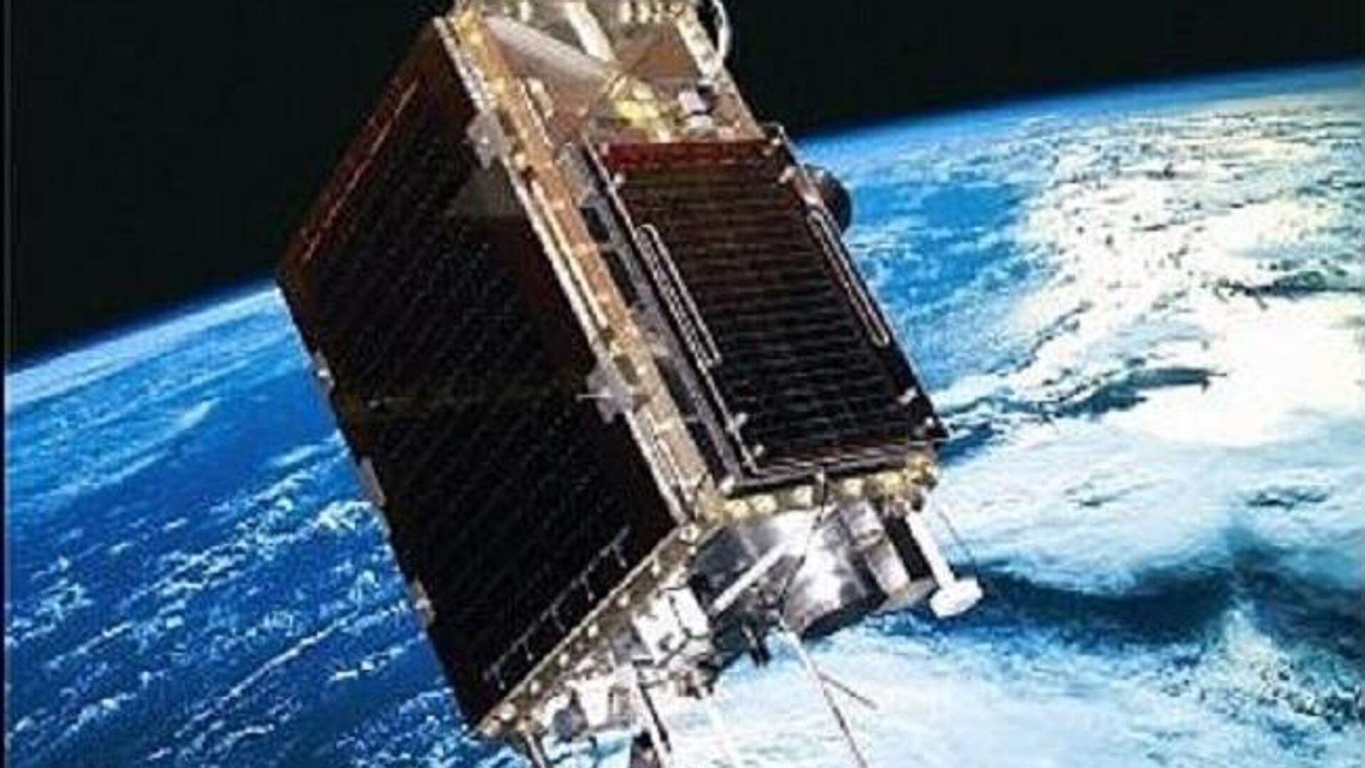 Artist's view of SumbandilaSat on orbit - Sputnik International, 1920, 23.09.2021