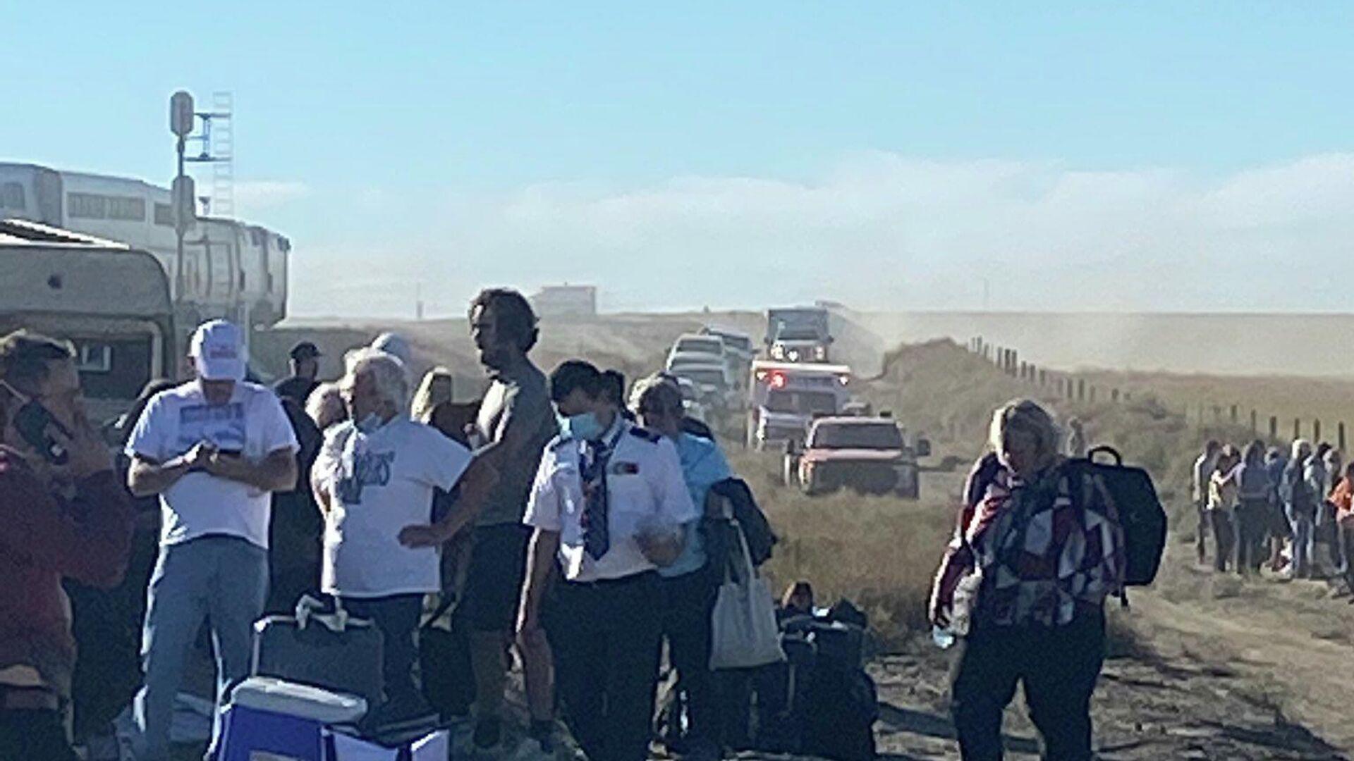 A Twitter image published by Jacob Cordeiro shows the scene following an Amtrak train derailment near Joplin, Montana, September 25, 2021.  - Sputnik International, 1920, 26.09.2021