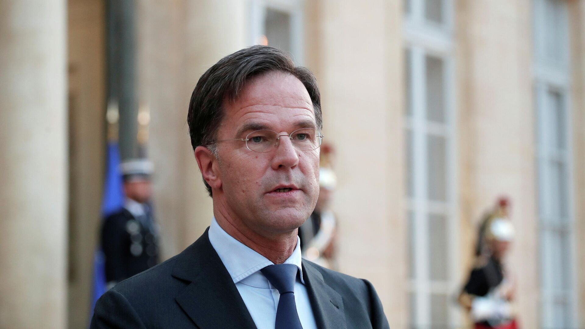 Netherlands' Prime Minister Mark Rutte delivers a joint statement with French President Emmanuel Macron (not pictured) before their meeting at the Elysee Palace in Paris, France, August 31, 2021. - Sputnik International, 1920, 28.09.2021