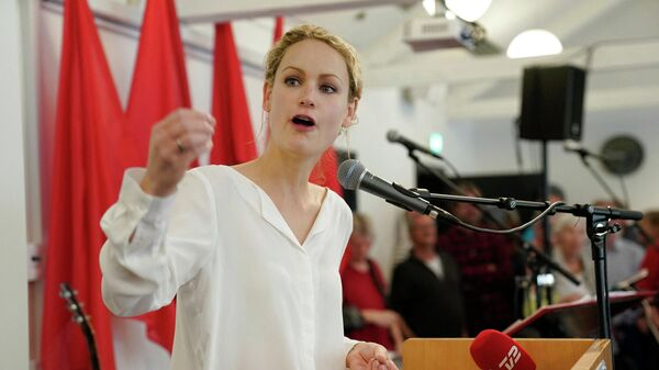Head of the Red-Green Alliance, Pernille Skipper devilers her speech at a meeting celebrating the International Workers' Day in Amager, Denmark, May 1, 2019 - Sputnik International