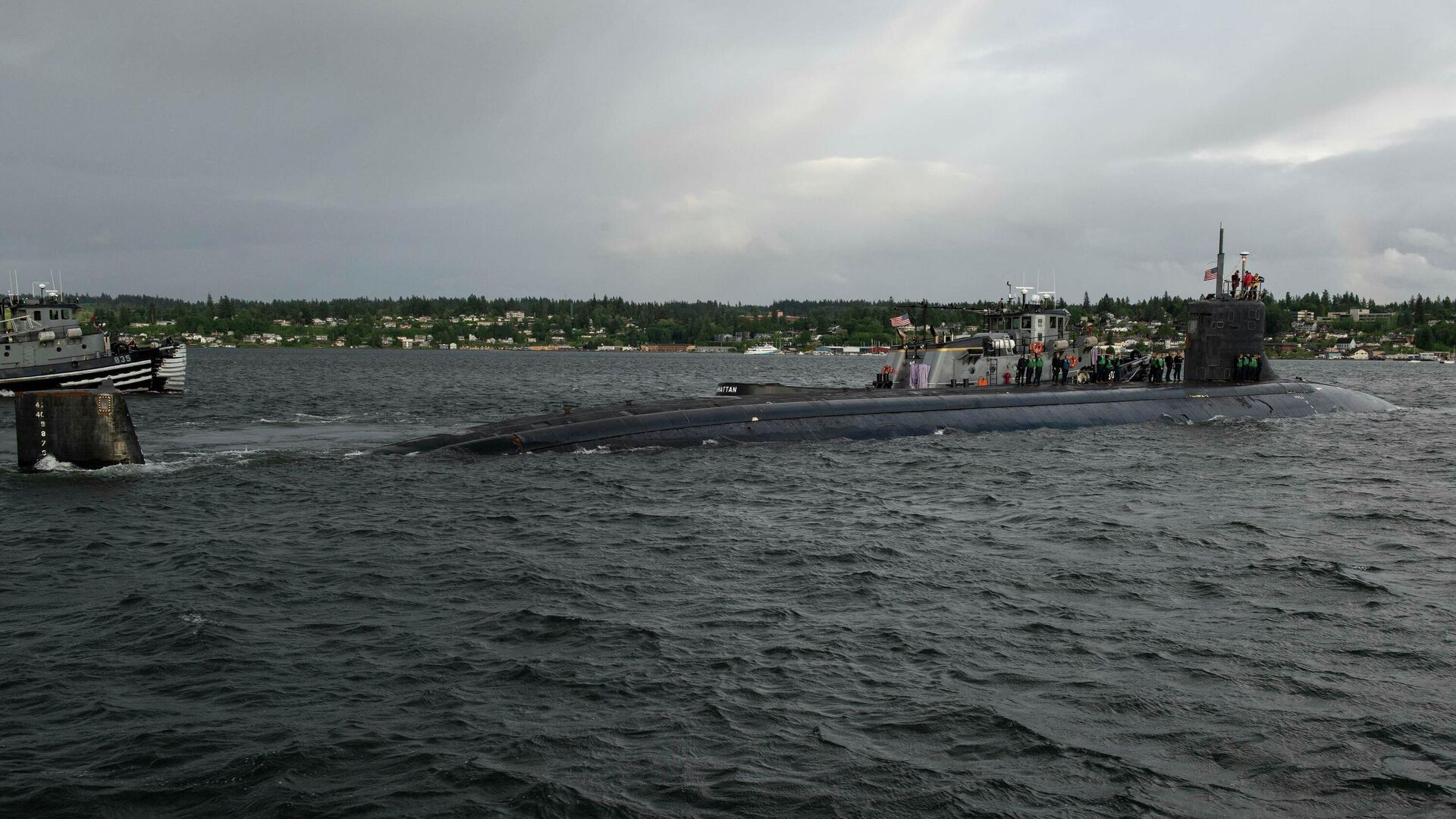 The Seawolf-class fast-attack submarine USS Connecticut (SSN 22) departs Naval Base Kitsap-Bremerton for deployment in Bremerton, Washington on May 27, 2021 - Sputnik International, 1920, 08.10.2021