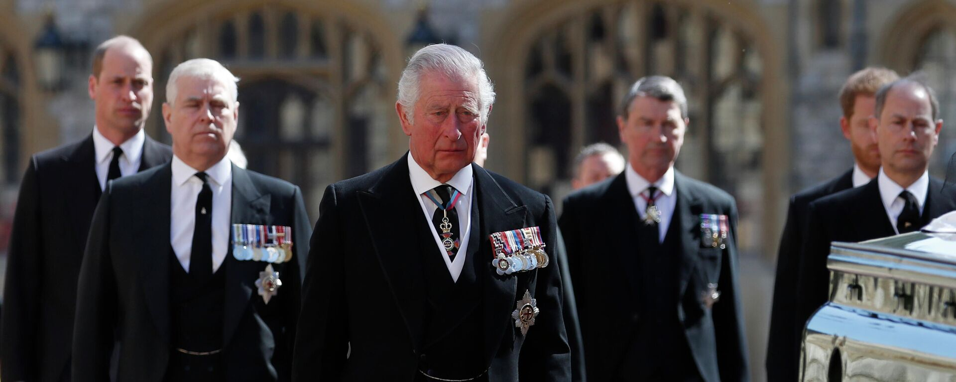 From left, Britain's Prince William, Prince Andrew, Prince Charles, Tim Laurence, Prince Harry and Prince Edward follow the coffin in a ceremonial procession for the funeral of Britain's Prince Philip inside Windsor Castle in Windsor, England Saturday April 17, 2021. - Sputnik International, 1920, 11.10.2021