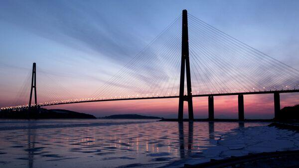 Cable-stayed bridge to Russky Island - Sputnik International