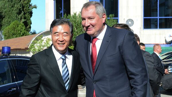 During a meeting with Russia's Deputy Prime Minister Dmitry Rogozin Saturday, China's Vice Premier Wang Yang stated that the West was wrong in imposing economic sanctions against Russia. - Sputnik International