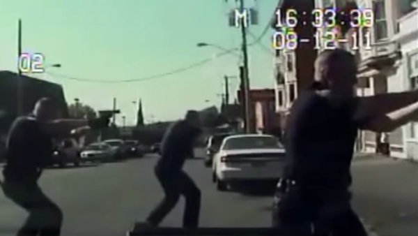 Screenshot from dashcam video showing police involved in the shooting death of Luis Rivera in Schenectady, NY, 2011. - Sputnik International
