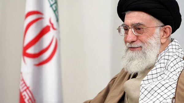 Iran's Supreme Leader Ayatollah Khomenei criticizes the U.S. on Twitter. - Sputnik International