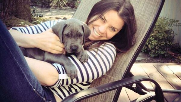 This undated photo provided by the Maynard family shows Brittany Maynard, a 29-year-old terminally ill woman who plans to die under Oregon's law that allows the terminally ill to end their own lives. Sean Crowley, spokesman from the group Compassion & Choices, said late Sunday, Nov. 2, 2014, that Maynard was surrounded by family Saturday when she took lethal medication prescribed by a doctor and died. She was weeks shy of her 30th birthday. - Sputnik International