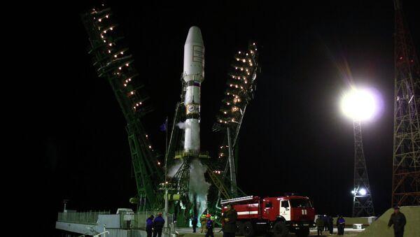 Soyuz-2.1a space carrier with six Globalstar 2 satellites launched - Sputnik International