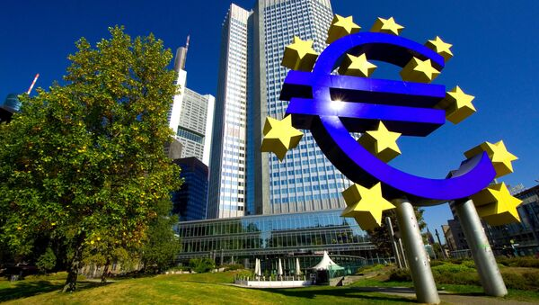 ECB chief raises prospect of buying government bonds in an effort to stimulate the Eurozone. - Sputnik International