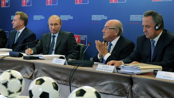 Russian President Vladimir Putin says that the country has all necessary resources for World Cup 2018 despite all economic problems. - Sputnik International