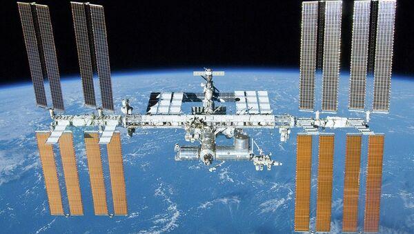 Russia will start deploying its own orbital space station in 2017 - Sputnik International