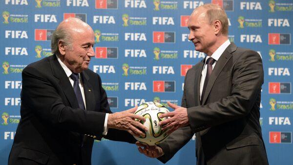 Russia's President Vladimir Putin (R) and FIFA President Joseph Blatter - Sputnik International