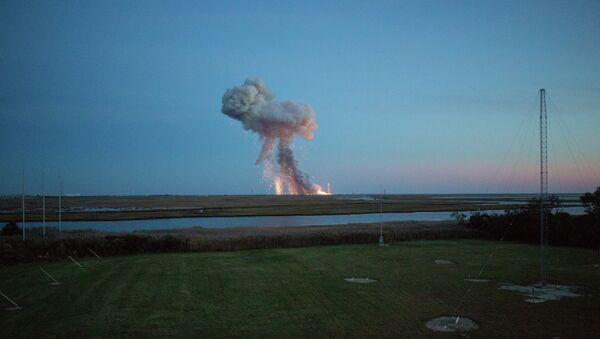 Antares Rocket Carrying Cygnus Cargo Module Explodes - Sputnik International