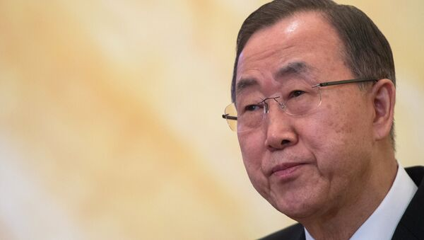 UN Secretary General Ban Ki-moon hopes the sides to the conflict in eastern Ukraine would adhere to the ceasefire, agreed on in Minsk this September. - Sputnik International