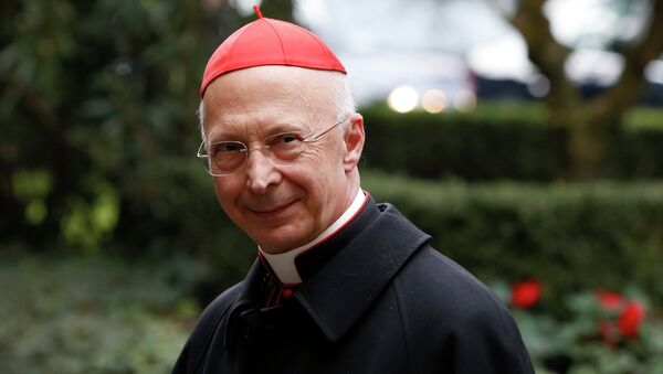 Cardinal Bagnasco's statements reflect the dissatisfaction of conservatives within the Catholic Church at the growing number of Italian mayors who have recently raised the question of recognizing same-sex unions which were legally established overseas, the media outlet points out. Above: Cardinal Angelo Bagnasco, president of the Italian Episcopal Conference - Sputnik International
