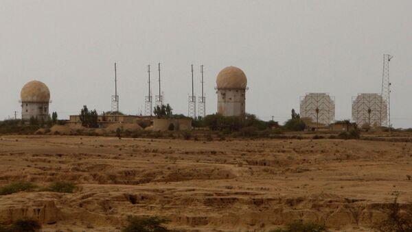 Radar facilities dominate the skyline at the nuclear power plant in Bushehr, Iran, Wednesday Feb. 25, 2009 - Sputnik International