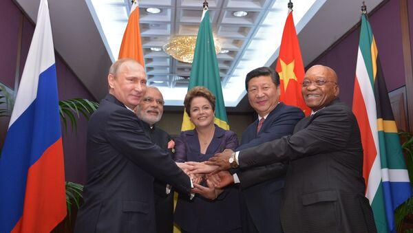 From left: Russian President Vladimir Putin, Indian Prime Minister Narendra Modi, President of Brazil Dilma Rousseff, Chinese President Xi Jinping and the President of South Africa Jacob Zuma - Sputnik International