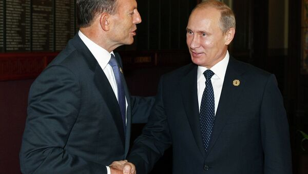 Australia's Prime Minister Tony Abbott greets Russia's President Vladimir Putin - Sputnik International