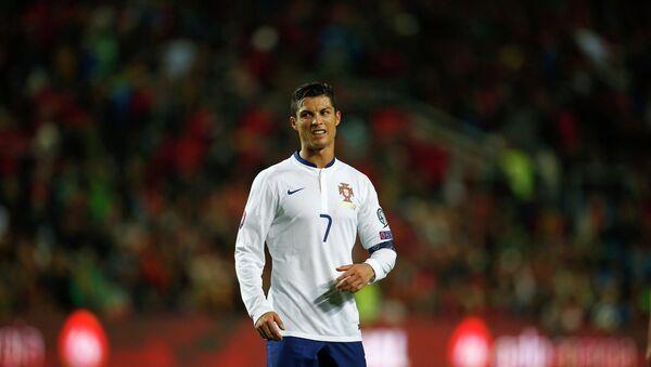 Portugal's star captain Cristiano Ronaldo has broken the scoring record of the European Championships. - Sputnik International