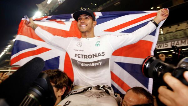 Lewis Hamilton of Mercedes has been crowned 2014 Formula One world champion - Sputnik International