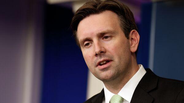 White House Press Secretary Josh Earnest - Sputnik International