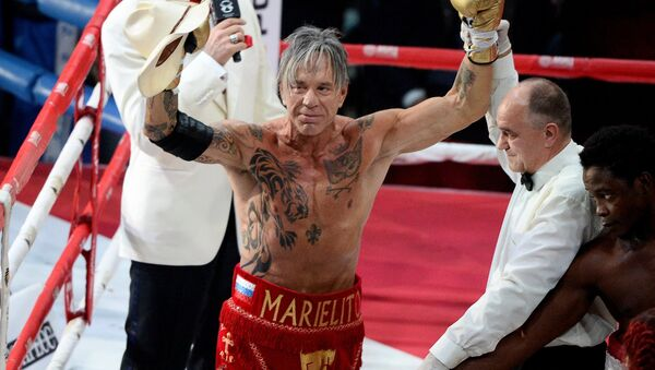 US actor and boxer Mickey Rourke during the official weigh-ins at the Moscow Boxing Academy Boxing & Gym ahead of a bout against US boxer Elliot Seymour. - Sputnik International