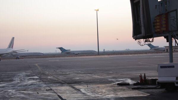 5:00 AM at Damascus Airport - Sputnik International